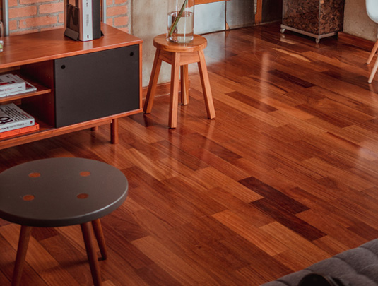 Dark brown Laminate flooring in living room
